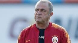 Yıldız futbolcu Galatasaray taraftarını heyecanlandırdı! Orta sahaya bir bomba daha... Galatasaray'dan son dakika transfer haberleri