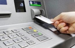 Sahtekarlar ATM üzerinden bankaları dolandırdı!