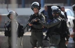 İsrail ordusu Ramallah'ın giriş çıkışlarını...