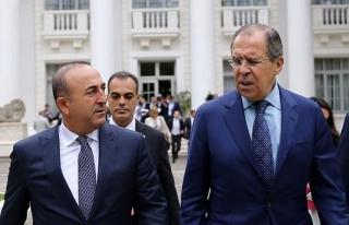 Bakan Çavuşoğlu Rusya'da kritik açıklama yaptı