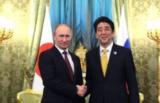 Putin'den Japonya'ya zeytin dalı