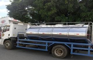 Tankerden sıçrayan asit 4 kişiyi hastanelik etti