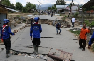 Endonezya'da arama kurtarma çalışmaları durduruldu