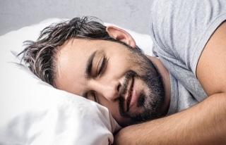 Genelde yan ve sağ tarafımıza yatarak uyuyoruz