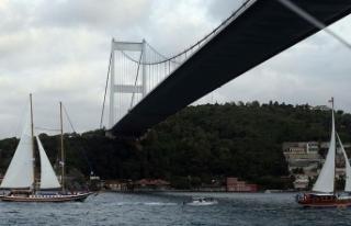 İstanbul Boğazı'nda yatlar yelken açtı