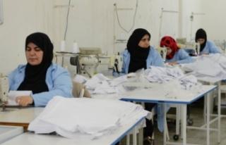 Suriyeliler fabrika açıp ekonomiye katkıda bulunuyor
