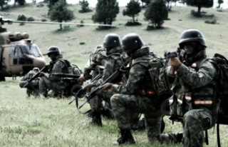 TSK'dan nefes kesen tahliye operasyonu   VİDEO