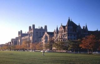 Üniversiteler bağışlarla ayakta kalmaya çalışıyor