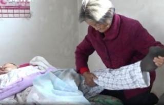 Aç kalmasına rağmen 12 yıl baktığı oğlu, komadan...