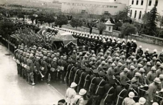 Atatürk'ün cenaze namazı Türkçe kılınmıştı