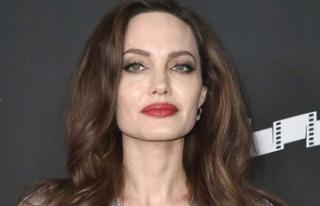 Angelina Jolie'den siyasete yeşil ışık