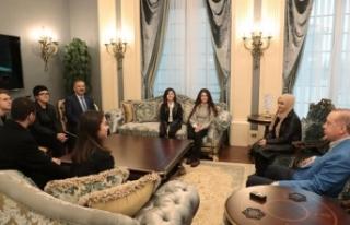 Cumhurbaşkanı Erdoğan, o öğrencileri Külliye'de...
