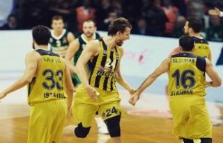 Fenerbahçe Avrupa'da 11. maçında 10. galibiyetini...