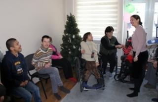 TİKA'dan Dünya Engelliler Günü'nde Kırgızistan'daki...