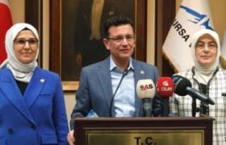 '200 bin Suriyeli ülkesine döndü'