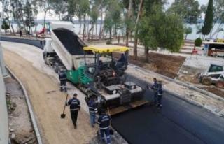 Adana Büyükşehir asfalt çalışmalarına devam...