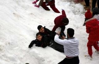 Burası Antalya... Fotoğraf şaşırtmasın