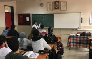 Down sendromlu Aynur'un 'öğretmenlik'...