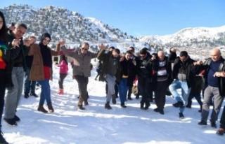 Elli bin Adanalı karla eğlendi