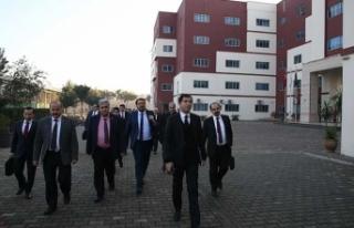 FETÖ okulları Maarif Vakfı'na devredildi