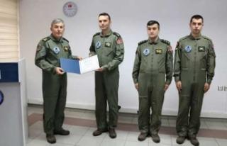 Jandarmanın hayat kurtaran operasyonuna ödül