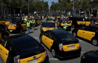 Uber-Taksi gerilimi Madrid'de yaşamı felç etti!