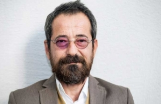 Ünlü şarkıcı Uludağ Sözlük yazarını affetmedi