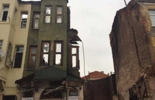 İstanbul'da bina çöktü... Enkazda can pazarı