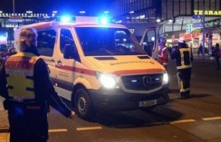 Almanya'da başörtülü kıza ırkçı saldırı