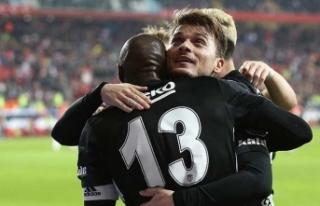 Beşiktaş'ın en büyük gol silahı orta saha