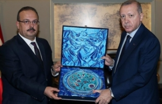 Cumhurbaşkanı Erdoğan, Bursa Valisi Canbolat'ı...