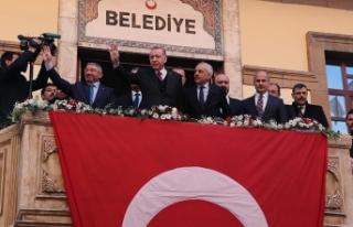 Cumhurbaşkanı Erdoğan Çorum Belediyesini ziyaret...