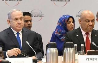 Netanyahu'nun yanında oturan Bakandan tepkiler...