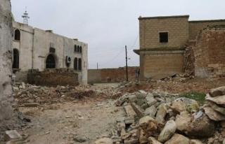 Rejim güçleri iki beldeyi tamamen yıktı