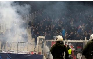 Son dakika! UEFA'dan AEK'ya men cezası