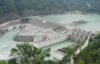 Yerli kaynaklardan elektrik üretimi yüzde 60'a...