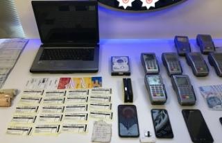 200 kişinin kredi ve banka kartı bilgilerini kopyalamışlar…