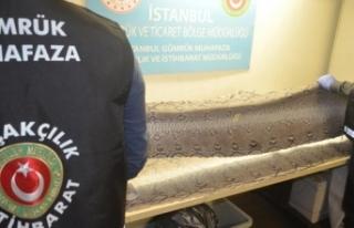 Abu Dabi'den Türkiye'ye gelen valizden...