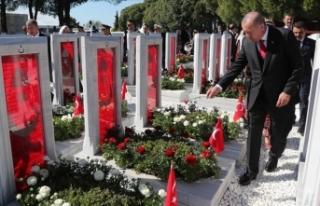Cumhurbaşkanı Erdoğan Şehitler Abidesi'nde...
