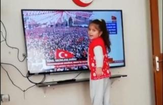 Cumhurbaşkanı Erdoğan''dan minik hayranına...