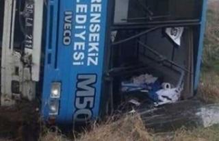 Futbolcuları taşıyan midibüs devrildi: Çok sayıda...
