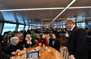İmam-hatipli gençler Başkan Türkmen'e misafir...