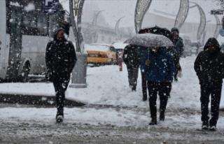 Mart bitiyor kış bitmiyor... Yoğun kar uyarısı