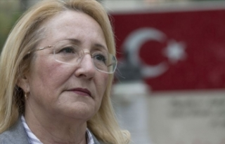 Prof. Dr. Beril Dedeoğlu vefat etti