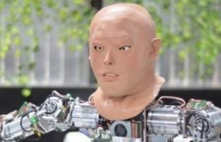 Türkiye'de üretilen insansı robota yüz eklendi