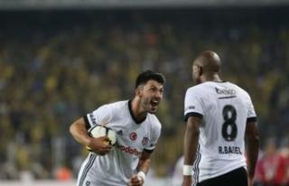 Beşiktaş'ın yıldızı için bomba iddia! Kadrosuna...