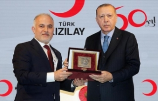 Cumhurbaşkanı Erdoğan, Kınık'ı tebrik etti