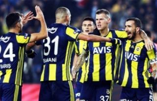 Fenerbahçe taraftarı o iki ismi istiyor!