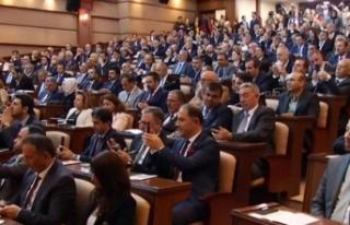 İBB Meclisi'nin ilk oturumunda İmamoğlu'na...