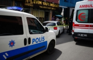 Sancaktepe'de ofise silahlı saldırı! Yaralılar...